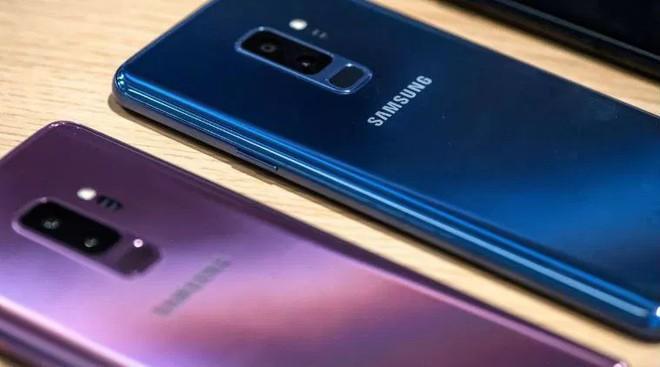 Samsung thu hẹp khoảng cách với Xiaomi tại thị trường smartphone Ấn Độ - Ảnh 1.
