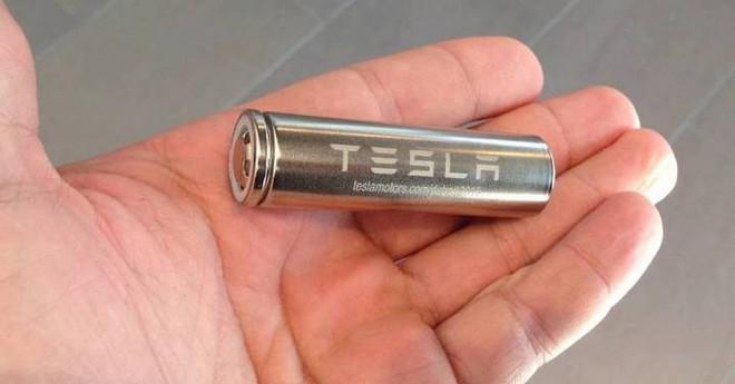 Xin lỗi Panasonic, Tesla đang tự sản xuất pin cho dòng xe điện của hãng - Ảnh 2.