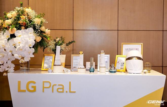Bộ thiết bị làm đẹp cá nhân LG Pra.L ra mắt: Dùng cho cả nam và nữ, mặt nạ đèn LED trông như siêu nhân, tổng giá trị 50 triệu - Ảnh 2.
