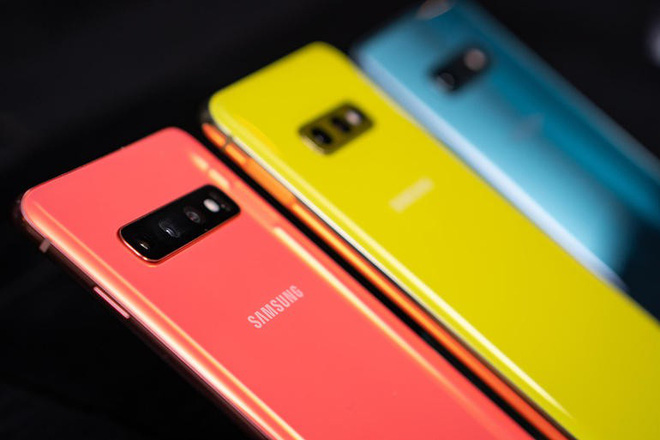 Nhìn thấu bản chất: Có S10e, A80 và sắp tới là cả A90, tại sao Samsung lại đem gà nhà đá nhau? - Ảnh 3.