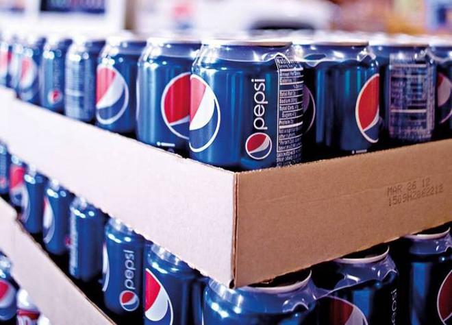 PepsiCo sẽ sử dụng nhựa tái chế làm chai đựng nước uống để giảm thiểu rác thải nhựa ngoài môi trường - Ảnh 1.