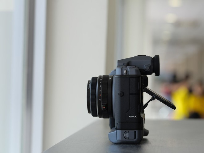 Cận cảnh máy ảnh Medium Format đắt tiền nhất của Fujifilm, mỗi body đã đốt ví bạn đến hơn 250 triệu đồng - Ảnh 11.