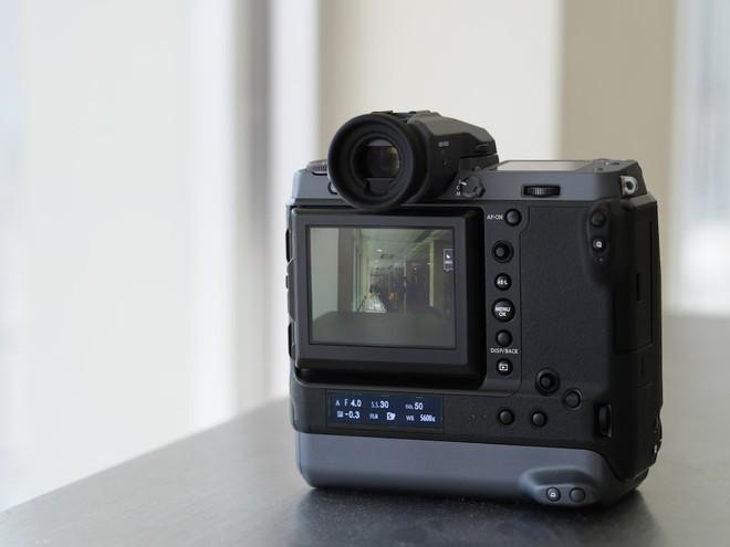 Cận cảnh máy ảnh Medium Format đắt tiền nhất của Fujifilm, mỗi body đã đốt ví bạn đến hơn 250 triệu đồng - Ảnh 12.