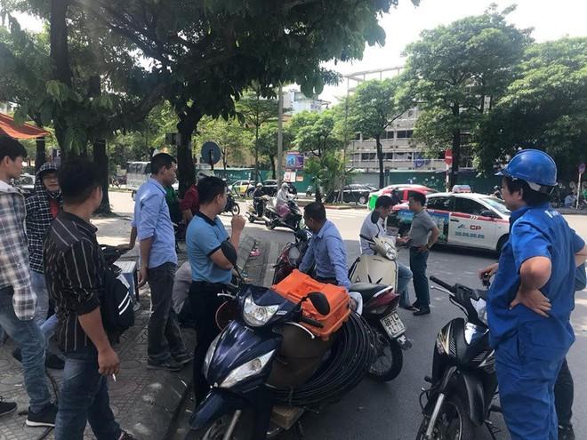 VNPT cắt cáp của FPT, CMC, VTVcab, SCTV, Hanoi Telecom, thị trường lại thêm phen dậy sóng - Ảnh 2.