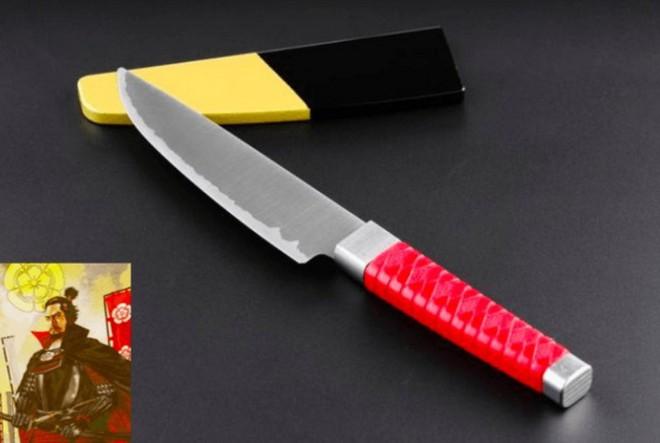Người Nhật vừa phát minh lại kiếm samurai với kích thước chỉ bằng một con dao làm bếp, độ sắc bén thì khỏi bàn - Ảnh 2.