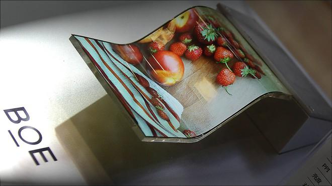 Apple thử nghiệm màn hình OLED của BOE cho iPhone, nỗ lực thoát khỏi phụ thuộc vào Samsung - Ảnh 1.