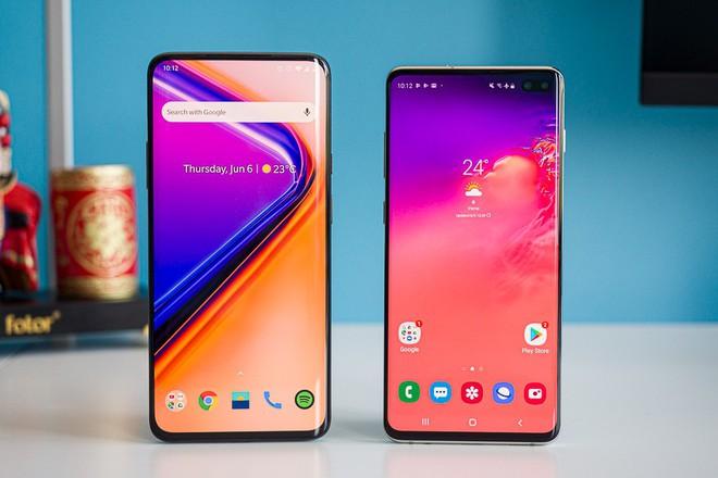 Trở thành kẻ hào phóng nhất ngành smartphone, Samsung tìm ra hướng đi thoát khỏi đà suy thoái của thị trường - Ảnh 3.