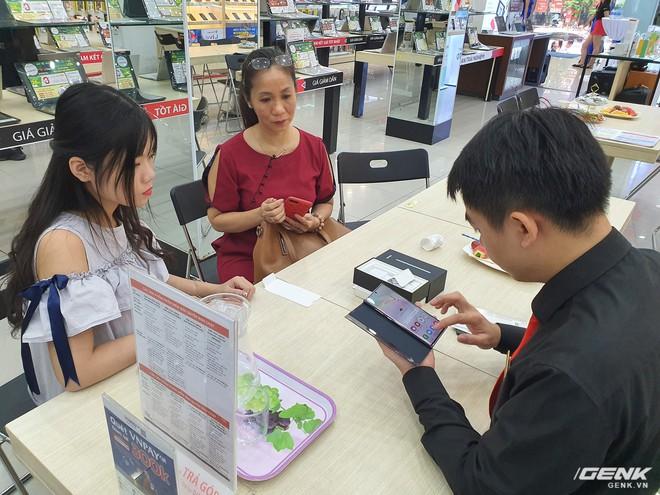 Bộ đôi Galaxy Note10/Note10+ chính thức mở bán tại Việt Nam: lượng đặt mua cao kỷ lục, gấp đôi phiên bản Note9 năm ngoái - Ảnh 9.