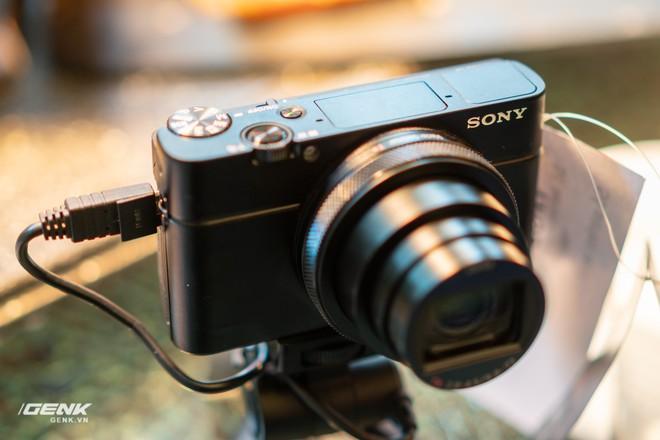 Trên tay nhanh bộ đôi máy ảnh cao cấp Sony RX100 VII và Alpha A7R IV tại Việt Nam - Ảnh 10.