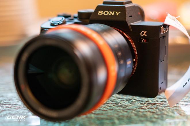 Trên tay nhanh bộ đôi máy ảnh cao cấp Sony RX100 VII và Alpha A7R IV tại Việt Nam - Ảnh 11.