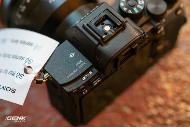 Trên tay nhanh bộ đôi máy ảnh cao cấp Sony RX100 VII và Alpha A7R IV tại Việt Nam - Ảnh 17.