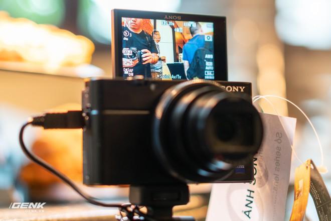 Trên tay nhanh bộ đôi máy ảnh cao cấp Sony RX100 VII và Alpha A7R IV tại Việt Nam - Ảnh 8.