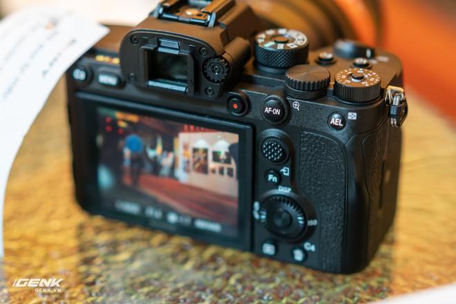 Trên tay nhanh bộ đôi máy ảnh cao cấp Sony RX100 VII và Alpha A7R IV tại Việt Nam - Ảnh 18.
