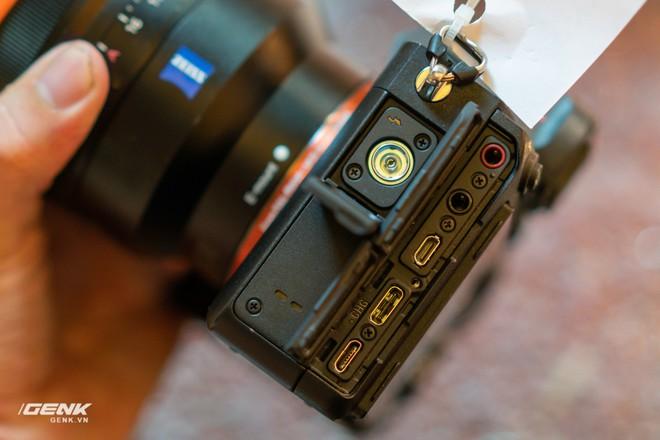 Trên tay nhanh bộ đôi máy ảnh cao cấp Sony RX100 VII và Alpha A7R IV tại Việt Nam - Ảnh 15.
