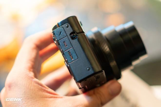 Trên tay nhanh bộ đôi máy ảnh cao cấp Sony RX100 VII và Alpha A7R IV tại Việt Nam - Ảnh 4.