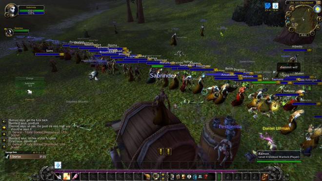 Game thủ World of WarCraft xếp hàng dài như chờ mua iPhone, kiên nhẫn đợi đến lượt được vào giết boss - Ảnh 2.