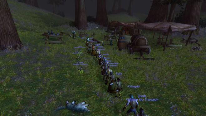 Game thủ World of WarCraft xếp hàng dài như chờ mua iPhone, kiên nhẫn đợi đến lượt được vào giết boss - Ảnh 3.