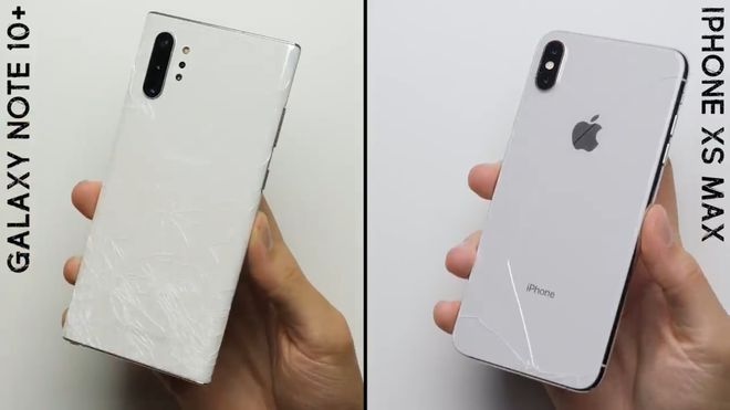 Rõ ràng cong là thế nhưng màn hình Galaxy Note 10+ lại bền hơn iPhone XS Max trong bài kiểm tra thả rơi - Ảnh 1.