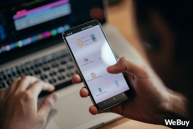 Review nhanh gọn Smartwatch cho trẻ em giá 99K: Có khe SIM, thẻ nhớ, cho nghe nhạc chụp ảnh nhưng cái quan trọng nhất lại thiếu - Ảnh 9.