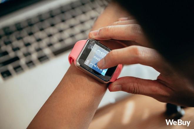 Review nhanh gọn Smartwatch cho trẻ em giá 99K: Có khe SIM, thẻ nhớ, cho nghe nhạc chụp ảnh nhưng cái quan trọng nhất lại thiếu - Ảnh 5.