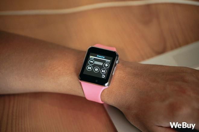 Review nhanh gọn Smartwatch cho trẻ em giá 99K: Có khe SIM, thẻ nhớ, cho nghe nhạc chụp ảnh nhưng cái quan trọng nhất lại thiếu - Ảnh 7.