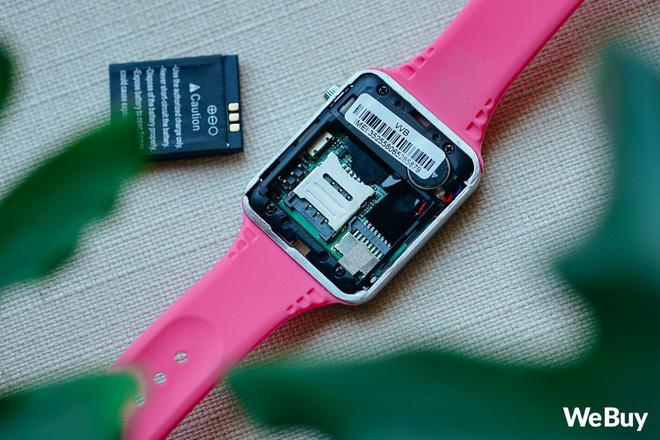 Review nhanh gọn Smartwatch cho trẻ em giá 99K: Có khe SIM, thẻ nhớ, cho nghe nhạc chụp ảnh nhưng cái quan trọng nhất lại thiếu - Ảnh 13.
