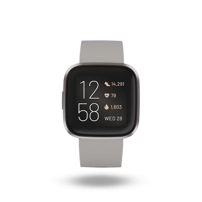 Đây là 3 tính năng quan trọng mà chiếc smartwatch mới của Fitbit làm được, còn Apple Watch thì không - Ảnh 2.