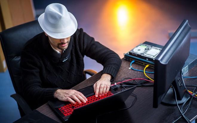 Cứ tìm ra lỗi bảo mật là được Google trả tiền, hacker mũ trắng Việt Nam có thể tham gia - Ảnh 2.