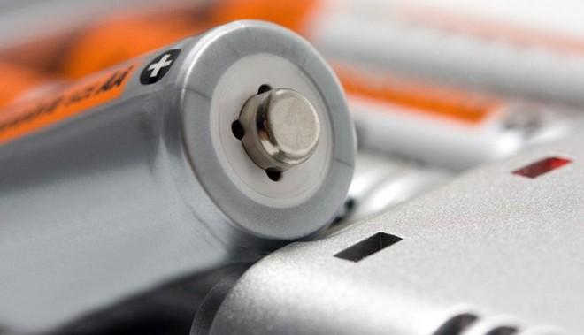 Pin lithium metal có khả năng chống cháy nổ sẽ là giải pháp thay thế hiệu quả cho pin lithium Ion trong tương lai - Ảnh 1.