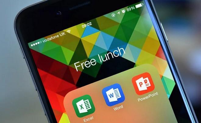 Nhờ ngã rẽ mang tên Android và iOS, Microsoft đã gặt hái được thành công ngoài mong đợi với mảng dịch vụ - Ảnh 3.