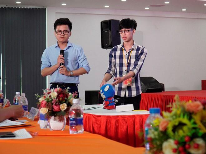 """Sinh viên FPT """"nội địa hóa"""" thiết bị nhà thông minh bằng hệ thống nhận diện tiếng Việt - Ảnh 2."""