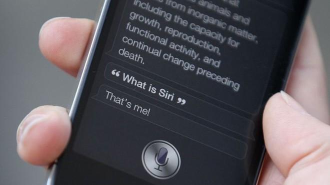 """Nhân viên Apple vô tình nghe thấy người dùng iPhone """"quan hệ"""", tiết lộ bí mật động trời của trợ lý ảo Siri - Ảnh 1."""
