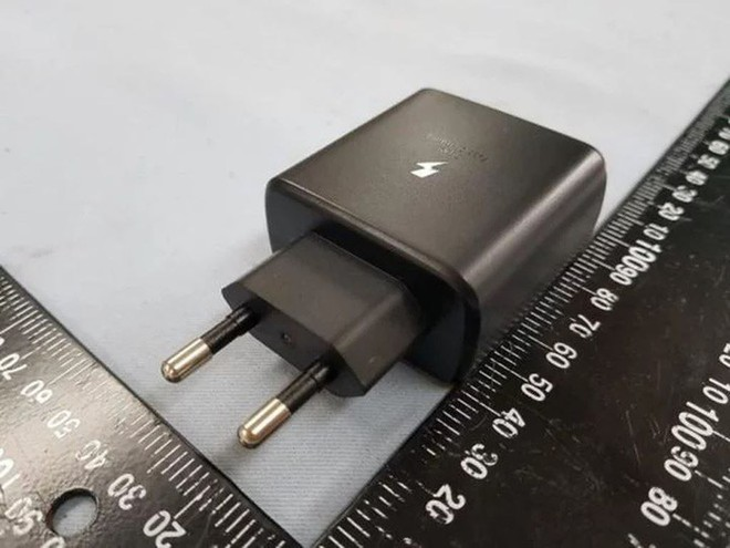 Superfast Charge 45W của Samsung thể hiện như thế nào trước các công nghệ sạc siêu nhanh khác trên thị trường? - Ảnh 2.