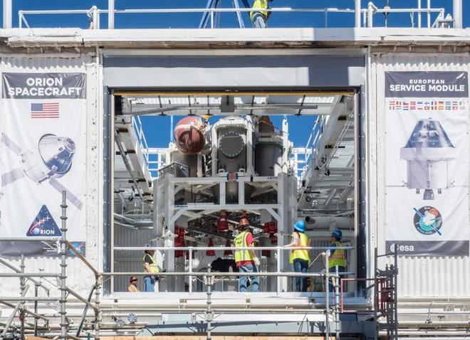 [Video] Cận cảnh quá trình thử nghiệm hệ thống tên lửa đẩy trên tàu vũ trụ Orion của NASA - Ảnh 1.