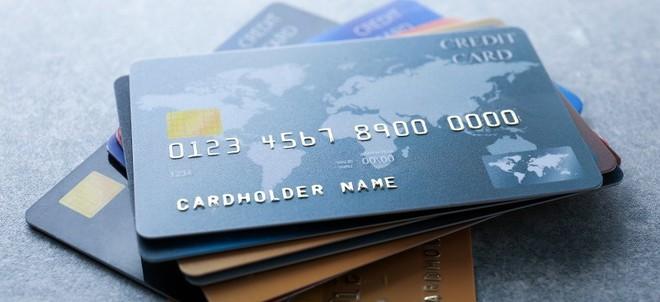 Bằng trí nhớ hình ảnh siêu phàm, anh thu ngân Nhật học thuộc thông tin thẻ quẹt của 1.300 khách hàng để tiến hành lừa đảo - Ảnh 1.