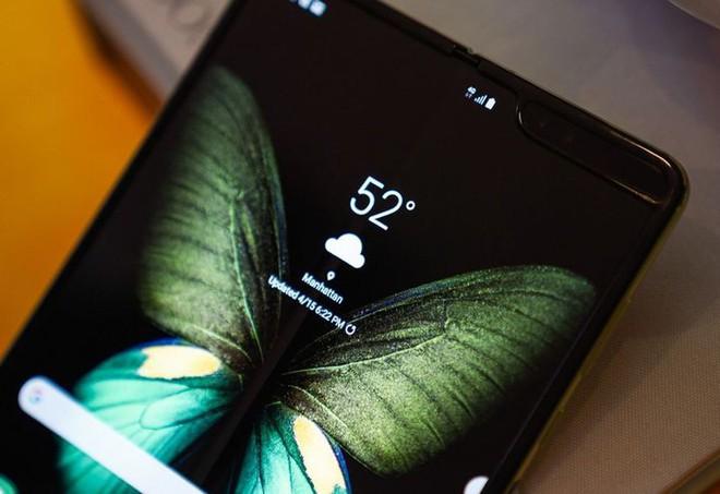 Chính sự xuất hiện của Galaxy Fold đã mở đường cho Android 10 hỗ trợ smartphone màn hình gập - Ảnh 1.