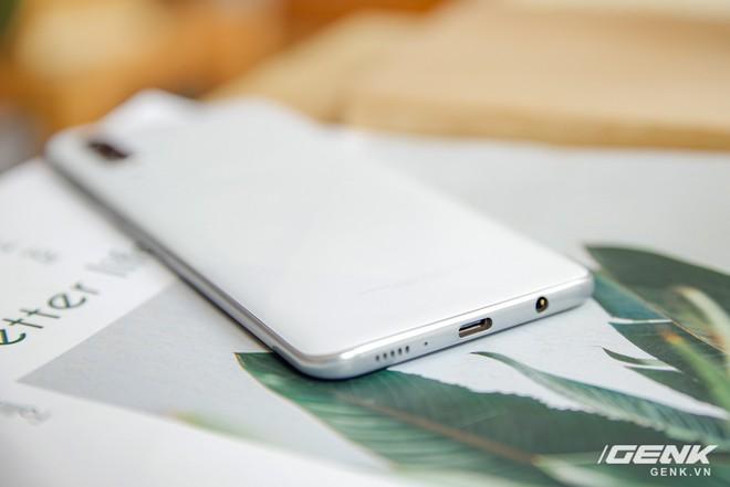 Cận cảnh Galaxy A50s: thiết kế độc đáo, vân tay dưới màn hình, 3 camera mà giá chỉ 7.8 triệu đồng - Ảnh 15.