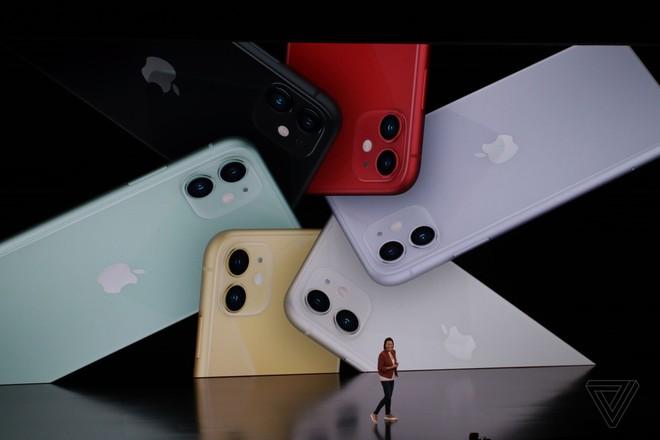 iPhone 11 chính thức ra mắt: camera kép góc siêu rộng, có tính năng chụp đêm, chip A13 Bionic, pin tốt, giá chỉ 699 USD - Ảnh 1.