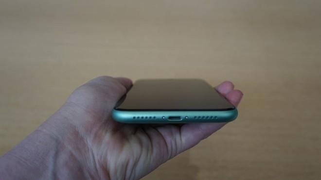"""iPhone 11 Pro màu """"xanh bóng đêm"""" mới liệu có gây sốt như iPhone màu """"vàng hồng"""" trước đây? - Ảnh 7."""