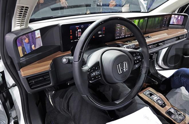 Honda tiết lộ giá bán xe hơi điện siêu dễ thương với cái tên ngắn gọn E - Ảnh 1.