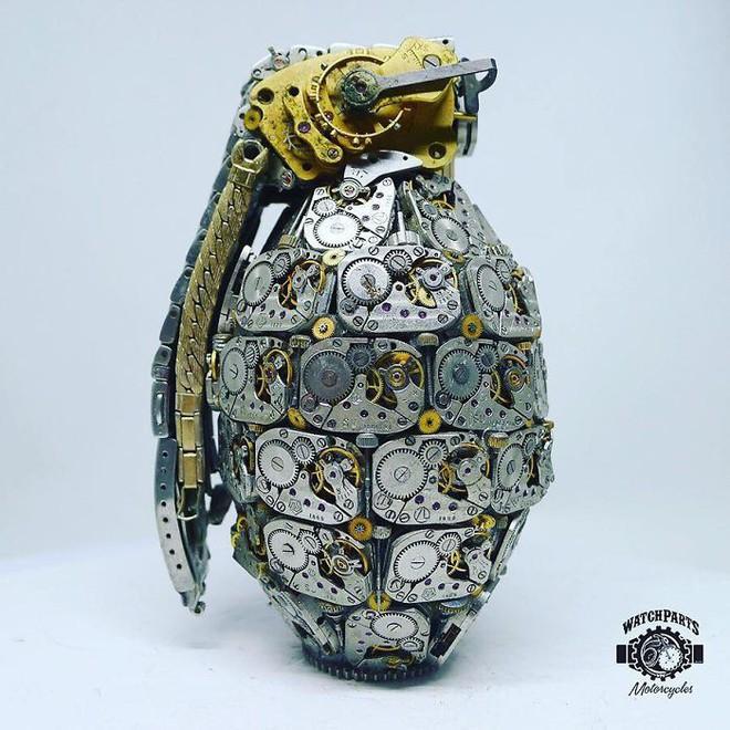 Không nỡ vứt mảnh đồng hồ cũ, chàng trai bèn độ nó thành loạt tác phẩm nghệ thuật đẹp mê hồn - Ảnh 20.