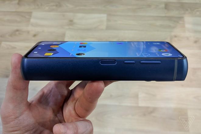 Nhiều người đang đo thời gian và không gian bằng phần trăm pin trên smartphone - Ảnh 3.