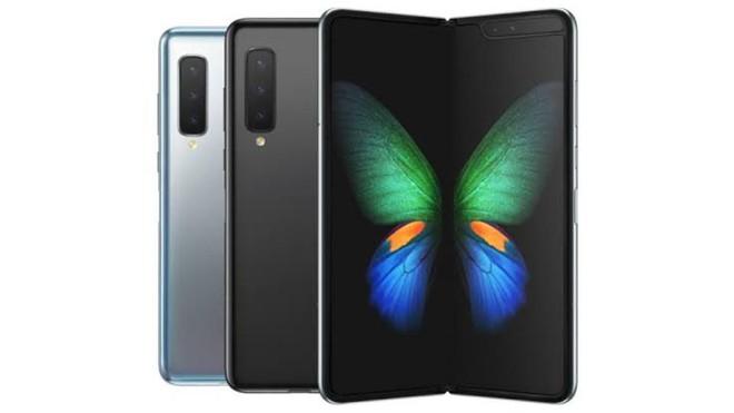 Samsung Galaxy Fold cháy hàng, có người chấp nhận trả đến 4.000 USD để được sở hữu một chiếc - Ảnh 1.