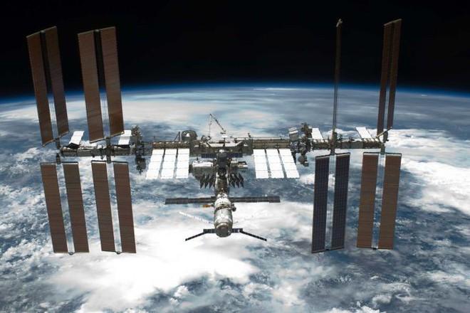 Các nhà khoa học sắp đưa tế bào ung thư lên trạm vũ trụ ISS để tiêu diệt - Ảnh 3.