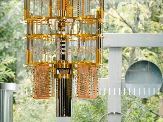 IBM chuẩn bị ra mắt máy tính lượng tử mạnh nhất thế giới với 53-qubit - Ảnh 1.
