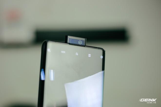 Trên tay Vivo NEX 3: Màn hình thác nước tỷ lệ 99.6%, camera thò thụt, không phím vật lý, giá 21 triệu - Ảnh 20.