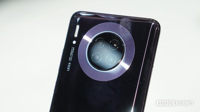 Cận cảnh Huawei Mate 30 Pro: Thiết kế hoàn toàn mới, màn hình siêu cong cuốn hút, nhưng vẫn có thiếu sót - Ảnh 4.