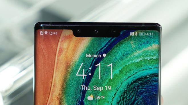 Cận cảnh Huawei Mate 30 Pro: Thiết kế hoàn toàn mới, màn hình siêu cong cuốn hút, nhưng vẫn có thiếu sót - Ảnh 8.