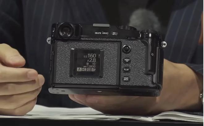Lộ những hình ảnh đầu tiên về Fujifilm X-Pro3: Thân máy titan, 2 màn hình, giả lập film mới - Ảnh 6.