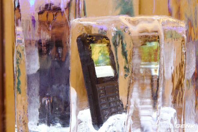 Cận cảnh Nokia 7.2 vừa ra mắt: Cụm camera trước & sau được Zeiss phát triển, mặt lưng màu xanh giống iPhone mới, giá gần 6,2 triệu đồng - Ảnh 10.